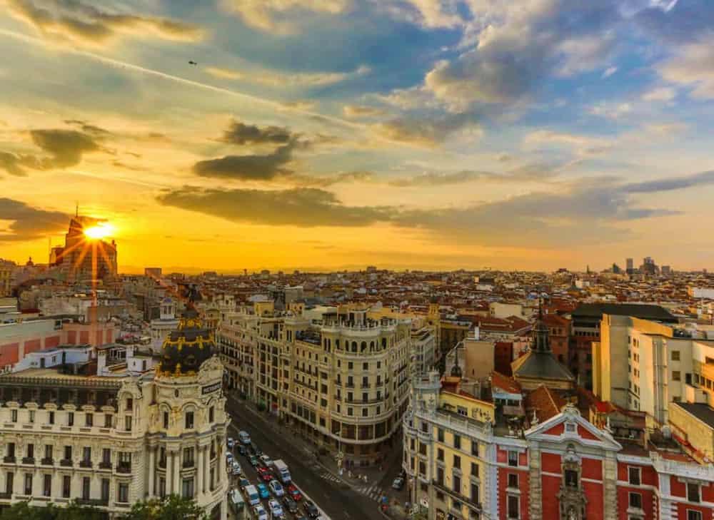 Madrid lo tiene todo, misterio romanticismo, historia... Ideal para las escapadas más románticas
