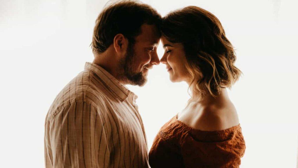 Si te preguntas: ¿cómo hablar con mi pareja?, aquí vas a encontrar los mejores consejos para poder hacerlo y obtener resultados positivos.